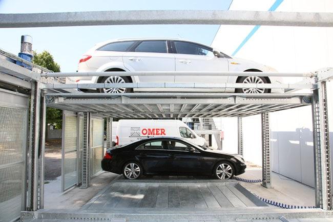 Semi-automatic car parking systems - LevantaPARK